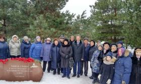 В Куркине накануне Дня защитника Отечества у мемориала на Аллее Славы прошел митинг