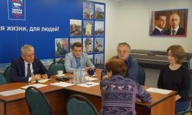 Депутат Государственной думы Геннадий Онищенко принимает жителей СЗАО