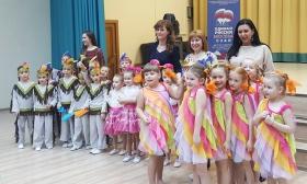 В Митине танцуют все вместе с «Единой Россией»