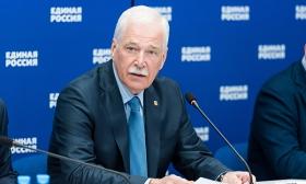 Грызлов: Прямая линия с Президентом РФ напомнила о персональной ответственности за порученную работу